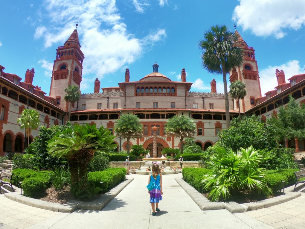 All the best family-friendly attractions, museums, restaurants and historic sites to experience in St. Augustine with kids!